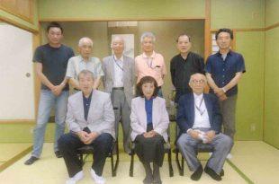 第70回 福井示現会巡回展 桜井淑子先生を囲んで記念撮影